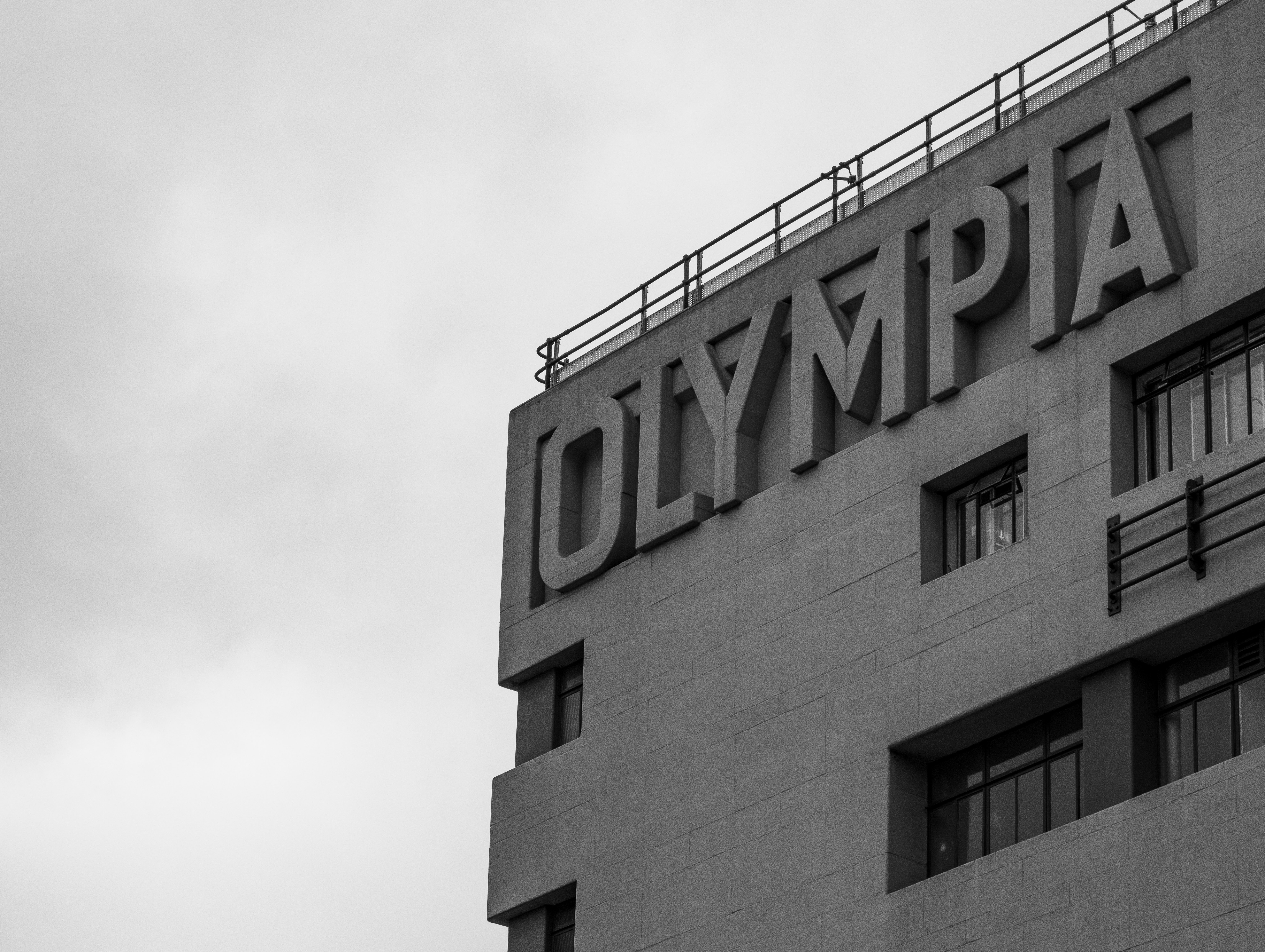 Goodbye Old Olympia Credit the-blowup via unsplash