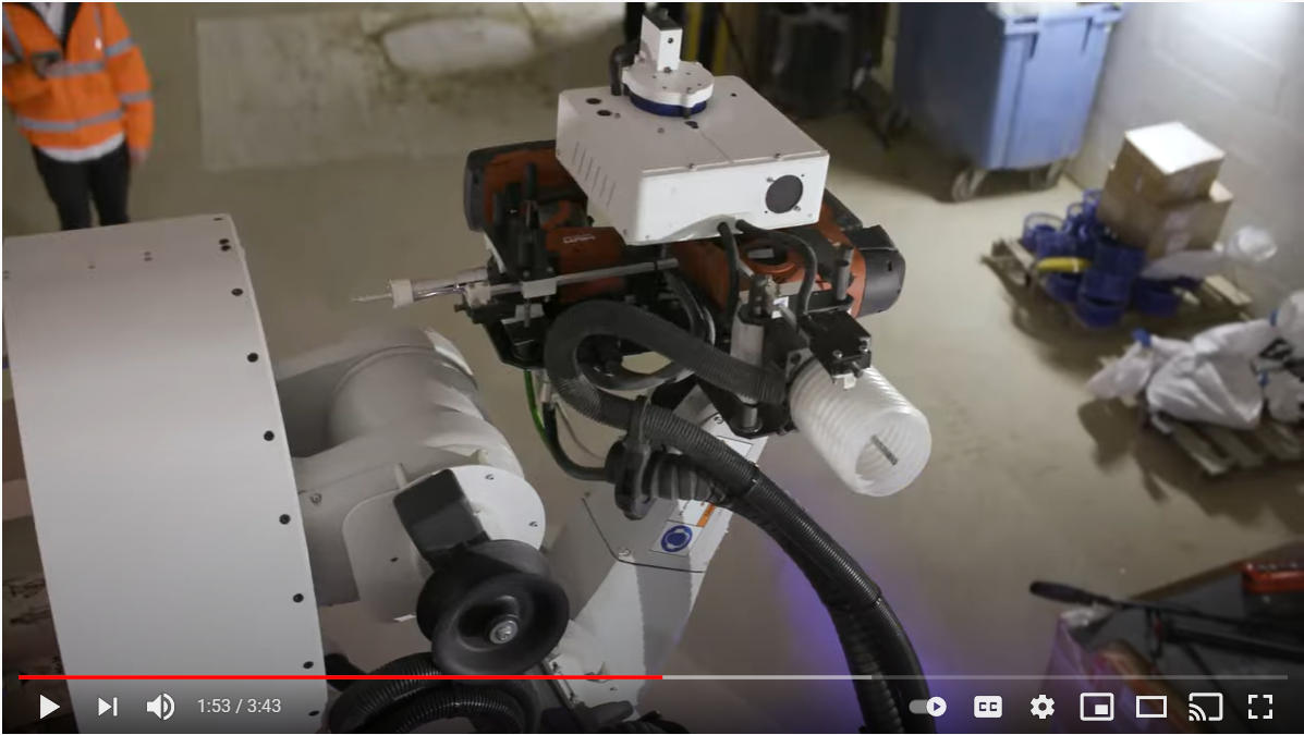 COSCR working at height robot